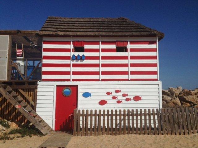 m_Beach Bar Farol