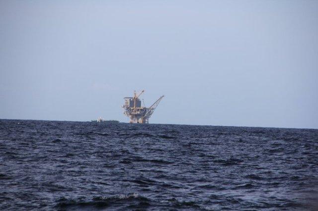 m_Oil refinary