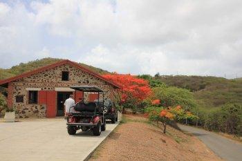 m_Culebra Museum and Golf Cart