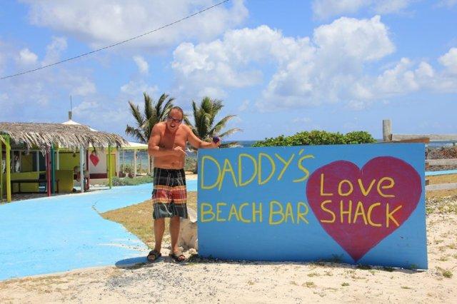 m_Daddys Beach Bar