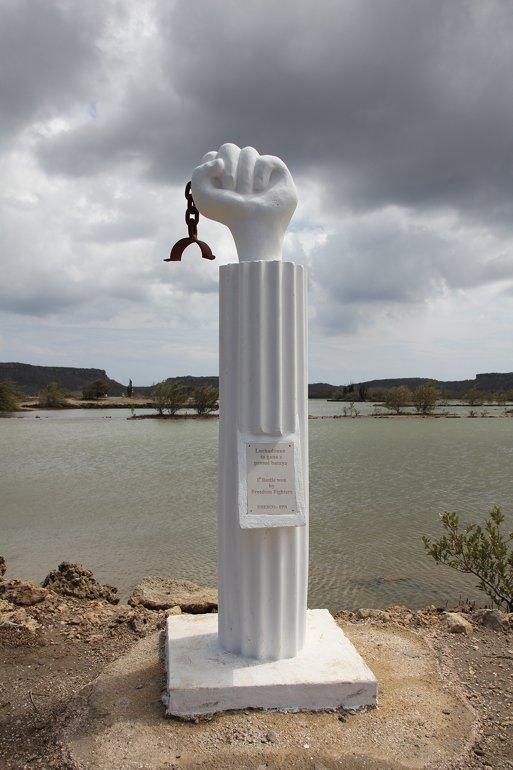 m_Freedom Statue