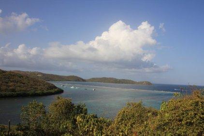 m_View of Reef at Entrance Ens Honda