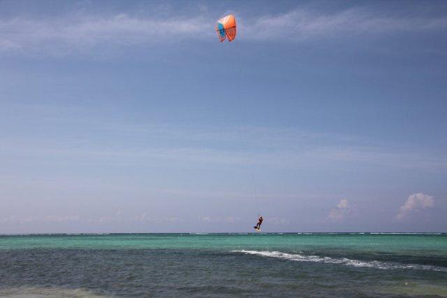m_Kite surfer west point