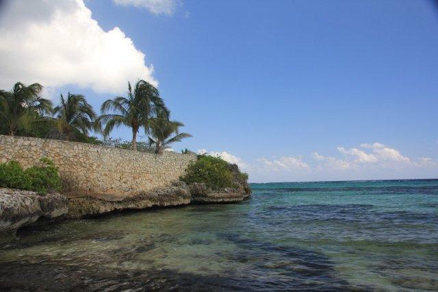 m_Spotts Beach