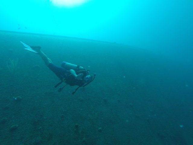 m_jez diving wreck