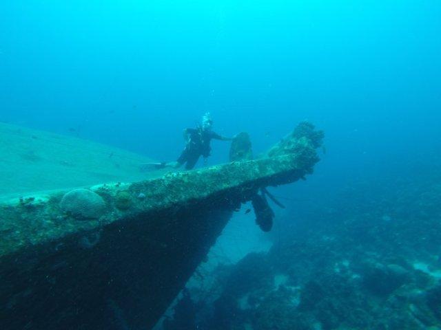 m_Steve posing on wreck