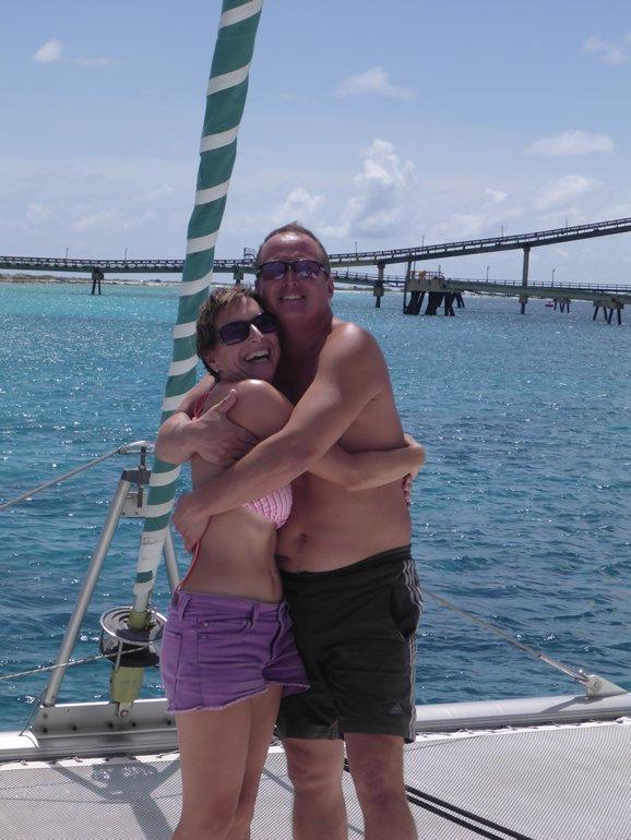 m_Susie and Jez Salt Pier Bonaire