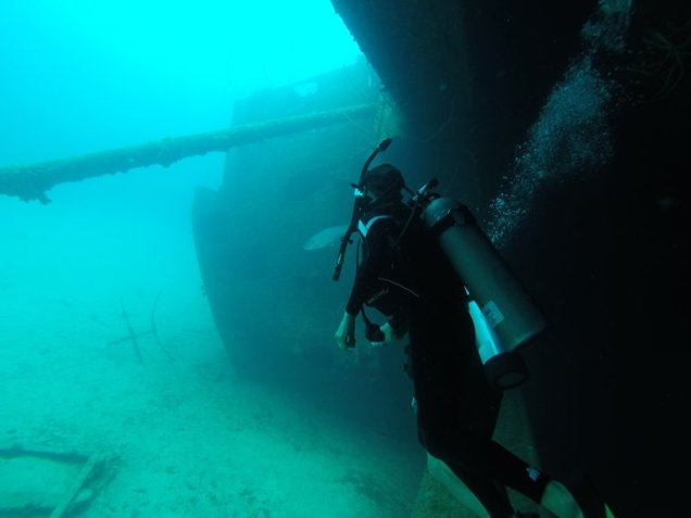 m_susie diving wreck2