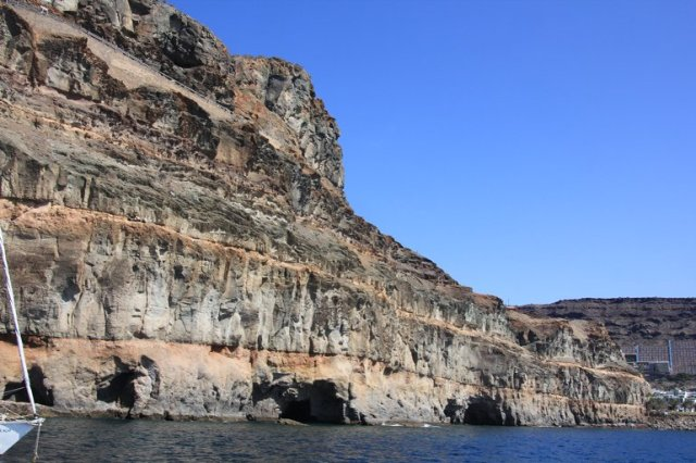 m_Anchorage Beneath Cliffs Puerto Mogan