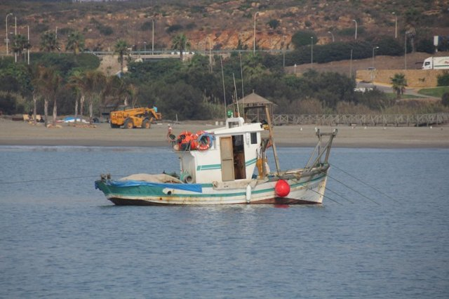 m_fishing boat sotogrande