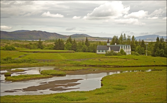 4075-church-at-thingvellir
