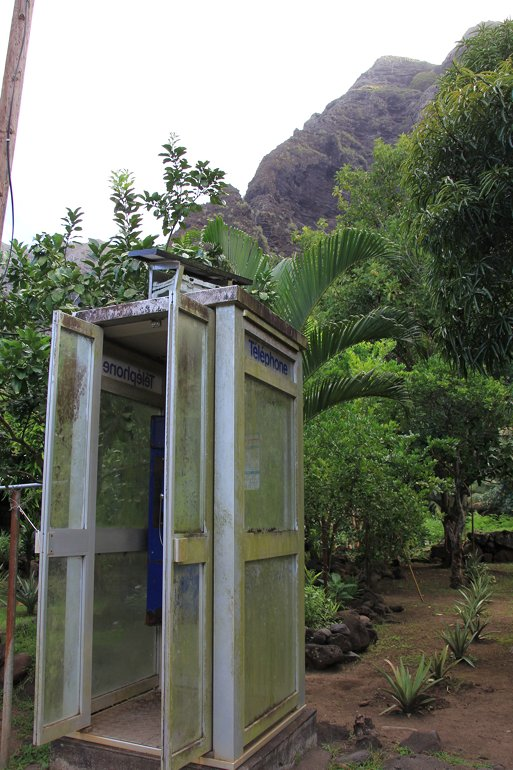 m_Phone Box in Paradise