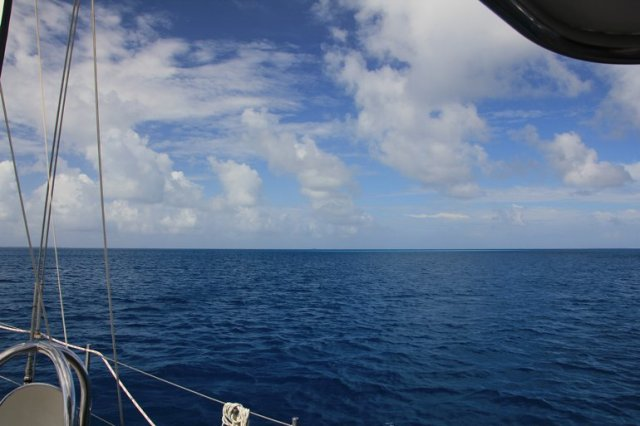 m_Fakarava Sailing